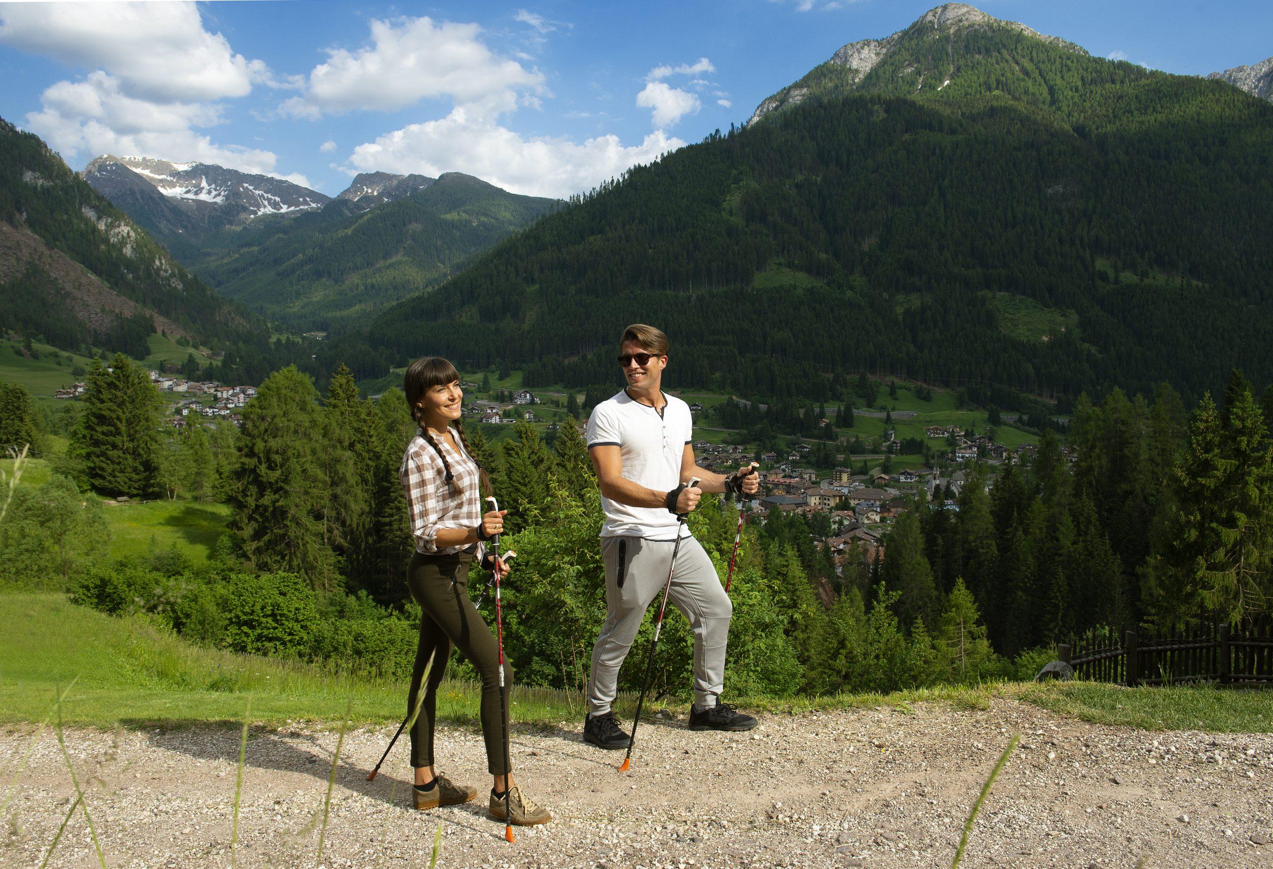 Sommerausstattung Hotel Dolomiten Nordik walkin moena