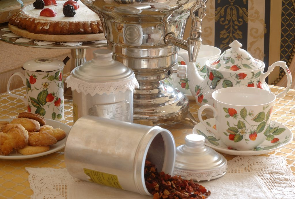 l'ora del tè all'hotel alle alpi a moena