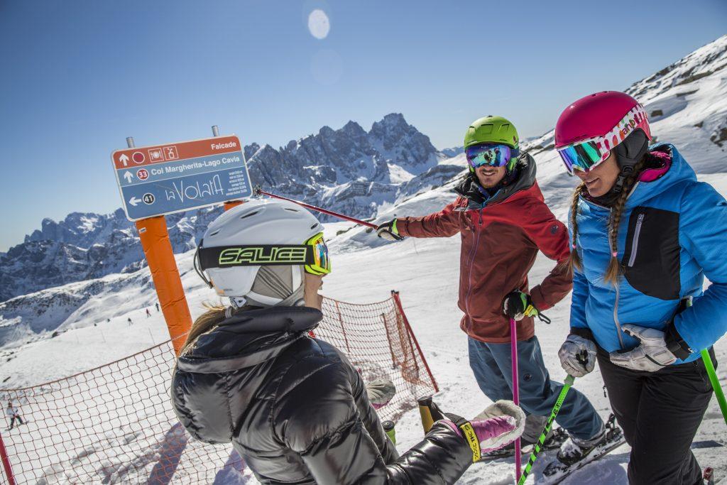 Freunde auf den Skipisten Federico Modica