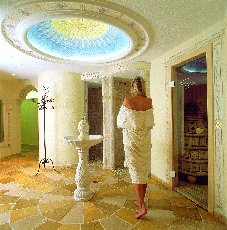 Feines Hotel in den Dolomiten mit 4-Sterne-Service