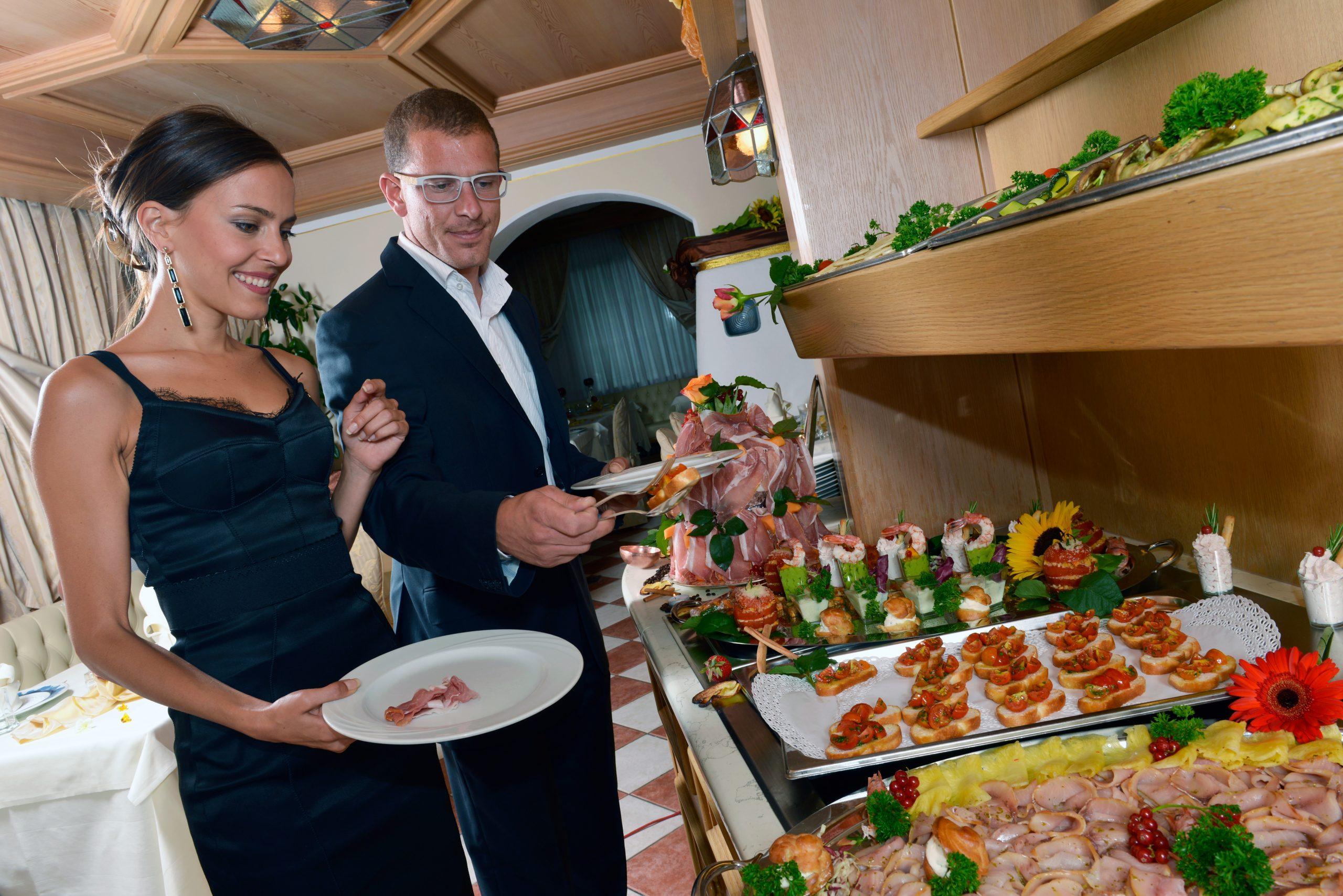 Ristorante Val di Fassa colazione alle Alpi, ristorante Moena Trentino Val di Fassa