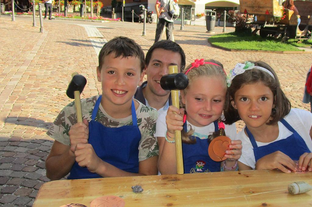 vacanze bambini-junior-mini-club-moena-dolomiti