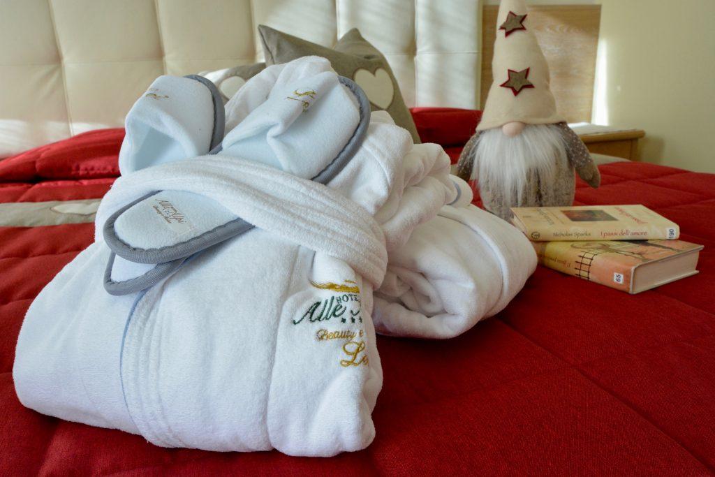 set benessere per ospiti della spa dell'hotel alle alpi